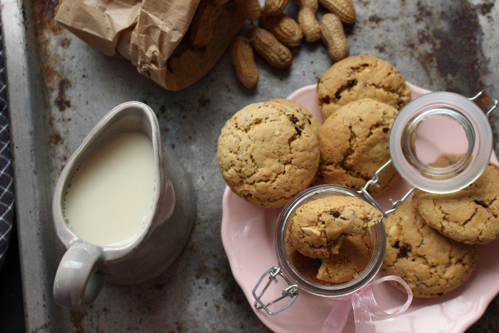 cookies de chocolate e amendoim