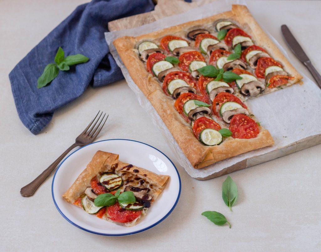 Tarte de Legumes (cogumelos, tomate e curgete) - vegan