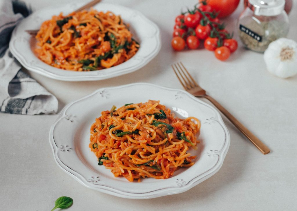 (one-pot) Massa de tomate e lentilhas #diaadiaveg